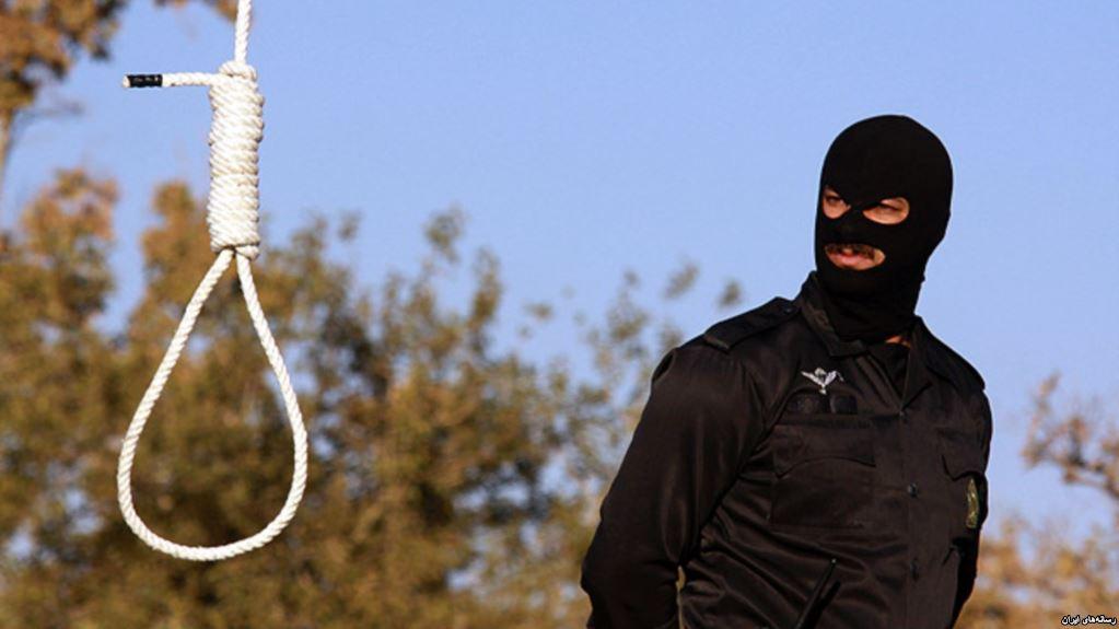 انتقال یک زندانی محکوم به اعدام به سلول انفرادی در ارومیه