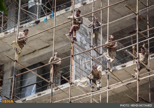جان باختن یک کارگر و مصدومیت یک کارگر دیگر بر اثر سقوط از داربست