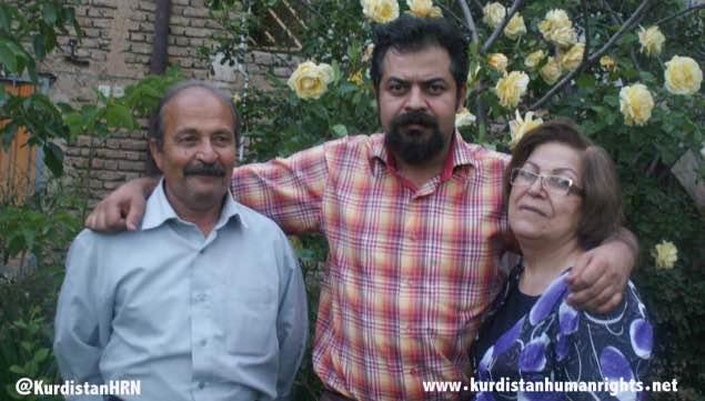 مادر افشین شیخالاسلامی وطنی: تا نوروز منتظر آزادی پسرم هستم